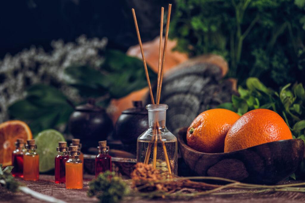 pos-i-aromatotherapeia-therapeuei-soma-kai-psixi