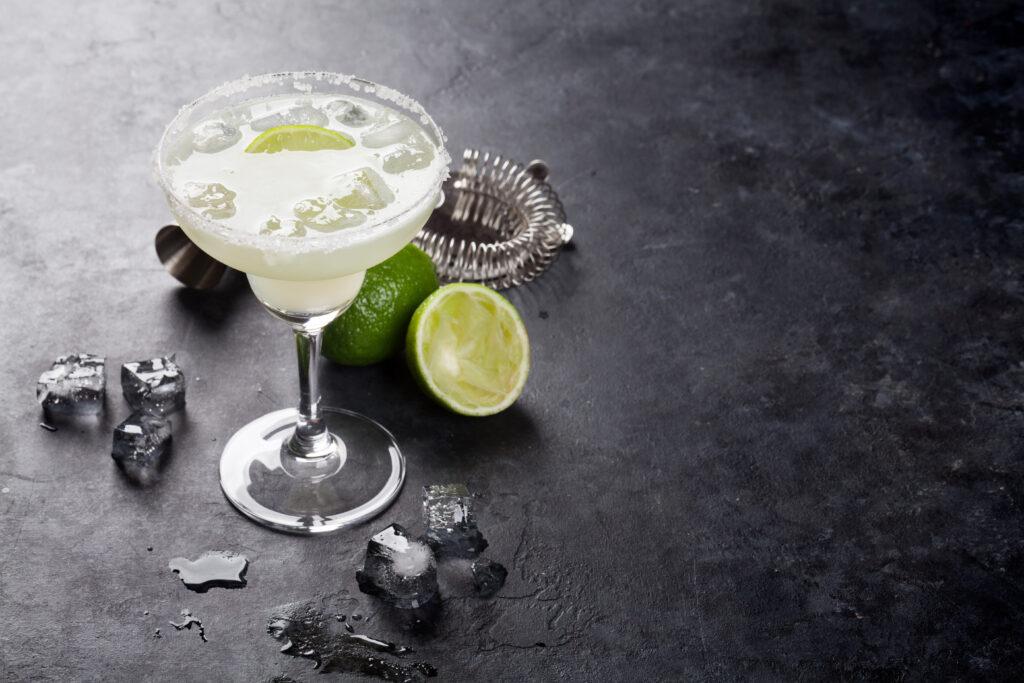 paradosiako-pasxa-kokteil-margarita