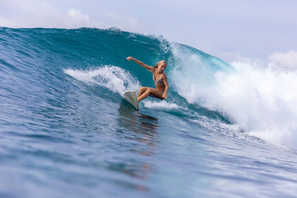 damazontas-kimata-me-to-surf-sou-1